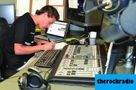12 Stasiun Radio Music Terbaik di LA