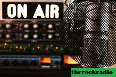 5 Stasiun Radio Terbaik di Montreal, QC